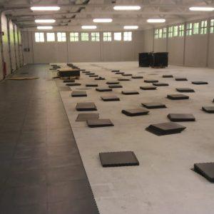PVC kliktegels installeren magazijn